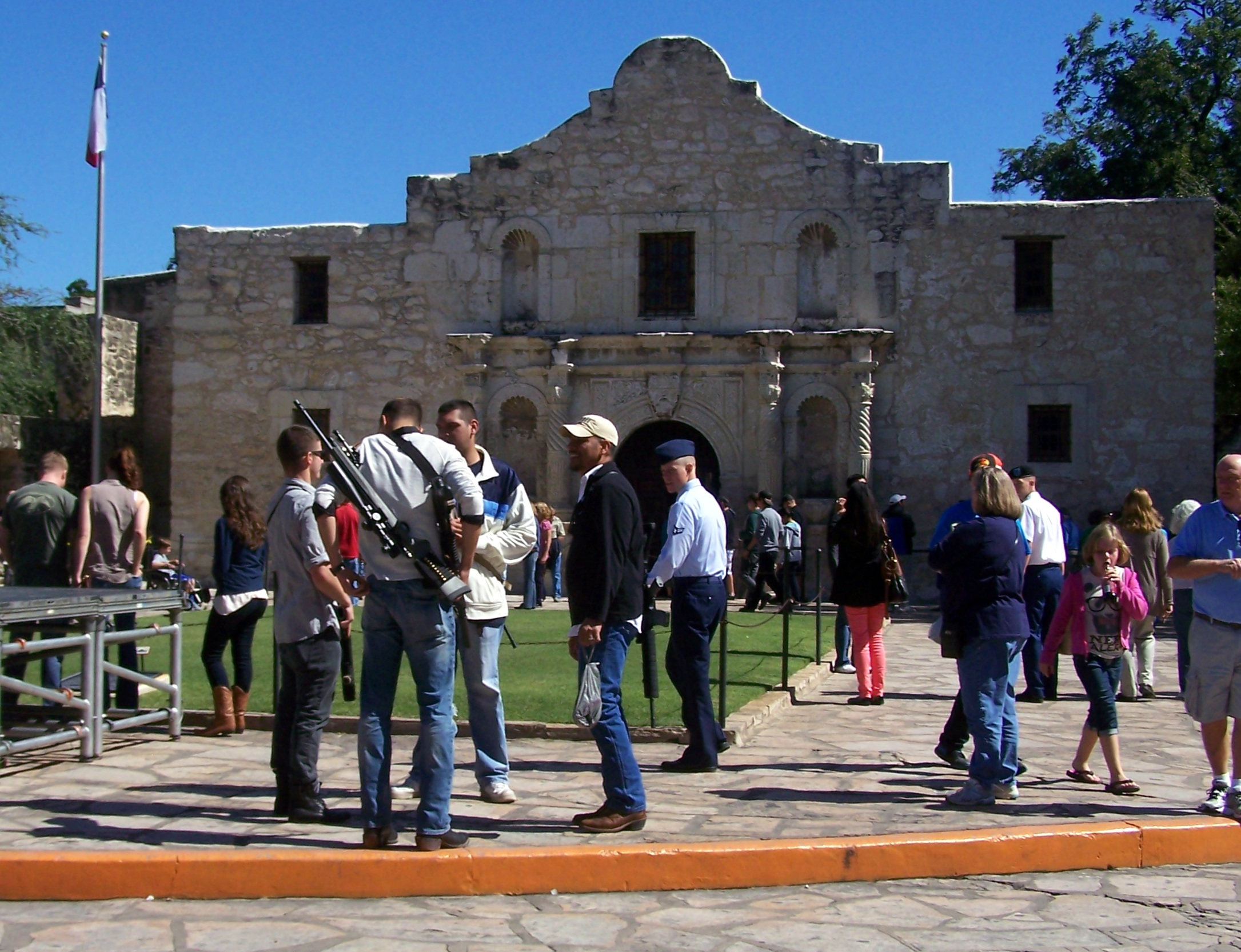 Open Carry at the Alamo