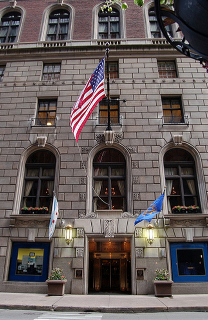chicago union league club entrance